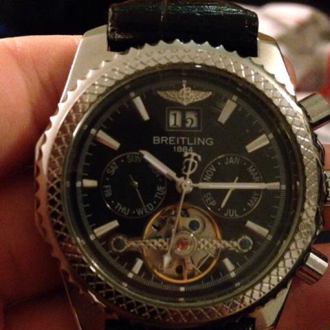 Von Vorne - (Preis, Uhr, Breitling)