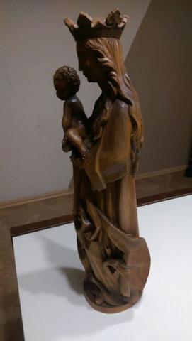 Hier von der Seite - (Wertschätzung, madonna, Holzfigur)