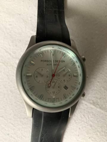 Wie viel ist diese Uhr wert (Porsche Design)?