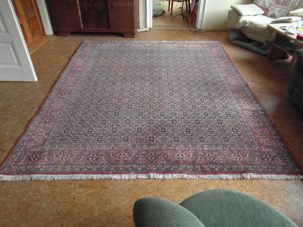 wie viel ist dieser persische orientteppich ungef hr wert teppich herkunft wertsch tzung. Black Bedroom Furniture Sets. Home Design Ideas