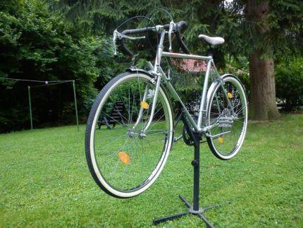 wie viel ist dieses kalkhoff lyon rs rennrad wert sport fahrrad rad. Black Bedroom Furniture Sets. Home Design Ideas