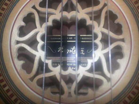 wie viel ist meine hagstrom gitarre wert musik euro. Black Bedroom Furniture Sets. Home Design Ideas
