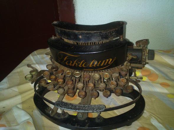 Schreibmaschine - (Schreiben, alt, sammeln)