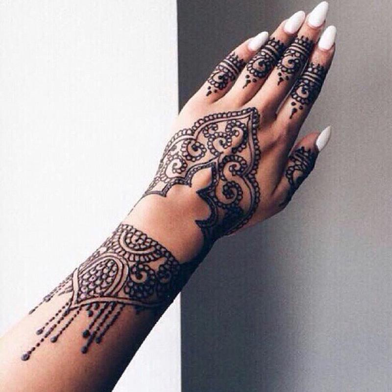 Wie viel kostet ein henna tattoo - Was kostet ein fliesenleger schwarz ...
