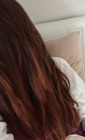 Meine jetzige Haarfarbe :)  - (Haare, Frisur, Kosmetik)
