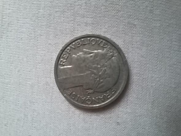 Wie Viel Wert Hat Diese Münze Und Ist Sie Orginal Ja Nein Münzen