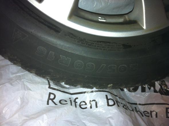 Wie viel zoll sind diese Reifen 16?