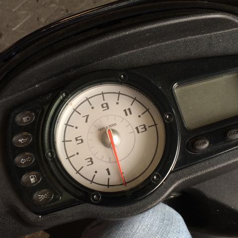 Wie viele km sollte ich meinen Roller (Piaggio Nrg Power dt ) warmfahren und wie hoch kann ich drehen?