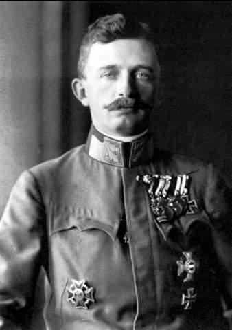 Wie wäre uns Kaiser Karl der erste in Erinnerung geblieben wenn Österreich den ersten Weltkrieg gewonnen hätte?