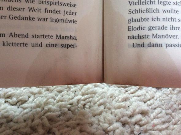 Essig zwischen den einzelnen Seiten - (Buch, Essig, loswerden)