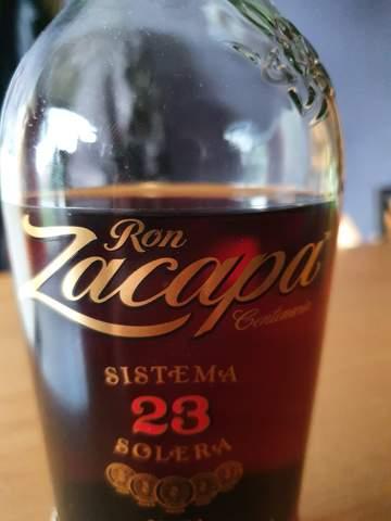 Wie wird der Name des Rums richtig ausgesprochen?