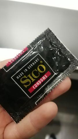 - (Sex, Hotel)