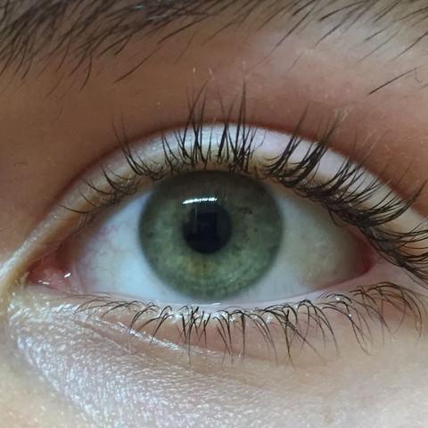 Wie würdet ihr meine Augenfarbe definieren?