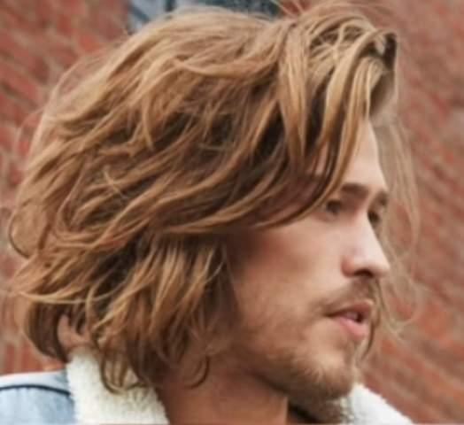 Haare von kurz auf lang wachsen lassen mann