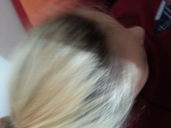 meine haare  , ansatz färb ich nachste woche nach - (Haare, färben)