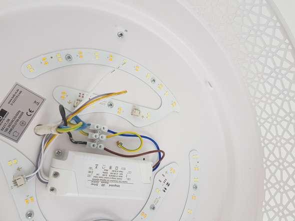 Wieso leuchtet die LED Lampe leuchtet nicht?