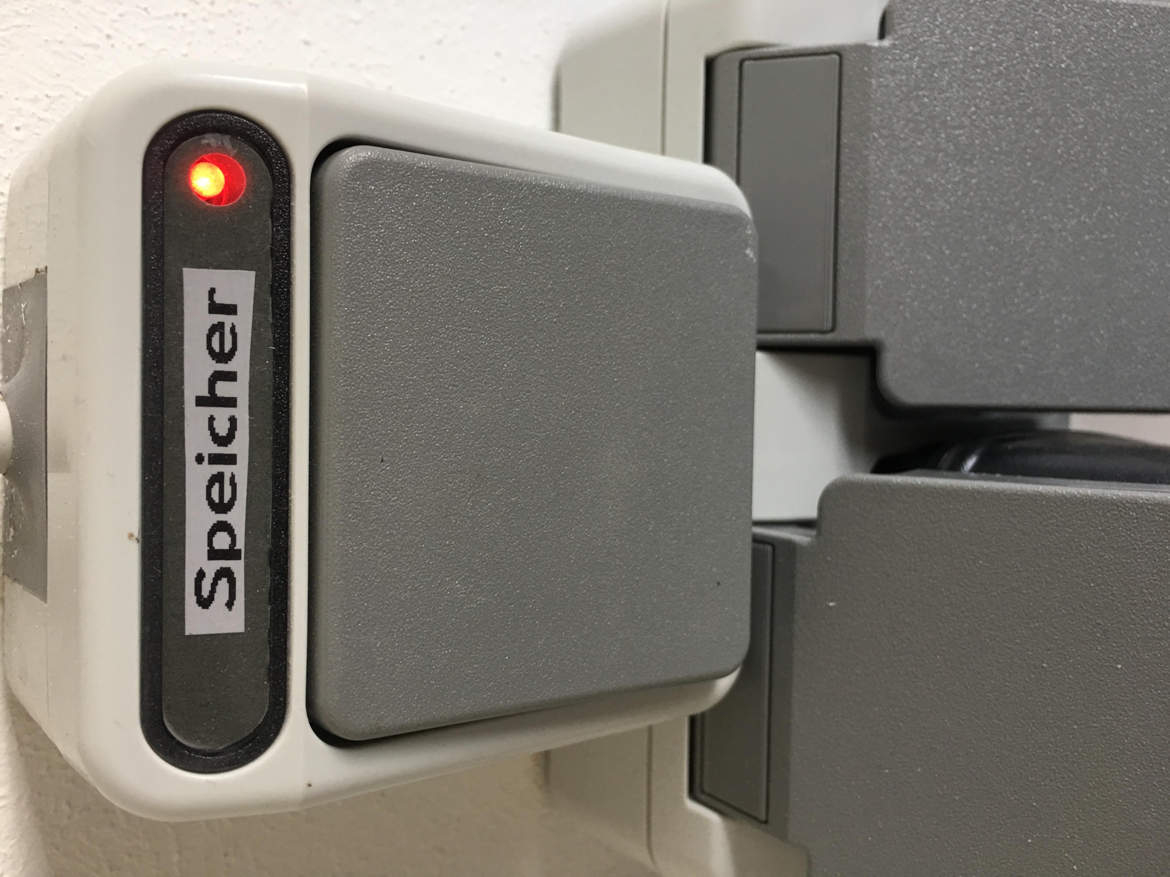 Wieso leuchtet mein Schalter mit Kontrollleuchte leicht obwohl er ...