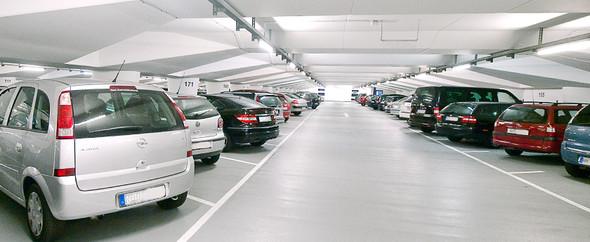 Parkplatz - (Auto, Verkehr, parken)