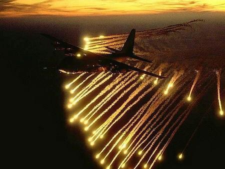 AC10 Flares - (Flugzeug, Waffen, Krieg)