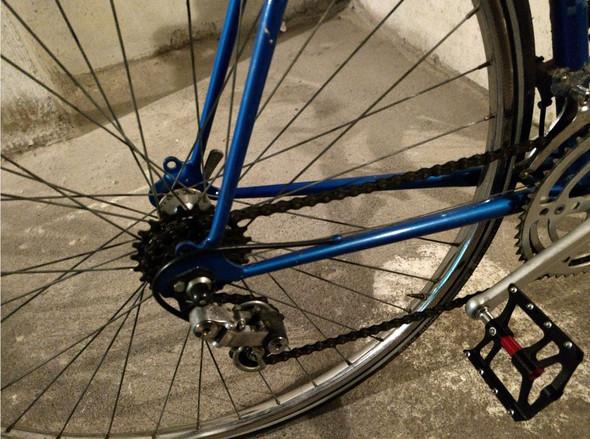 Hinterrad  - (Auto und Motorrad, Fahrrad, Rennrad)