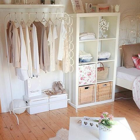 Wieviel Kostet Ca. Ein Koplettes (Tumblr) Schlafzimmer + Welche Farbe?  (Kosten, Möbel, Zimmer)