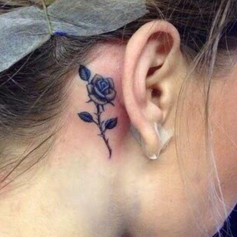 Hier ist das Tattoo  - (Tattoo, Tätowieren, Tätowierung)