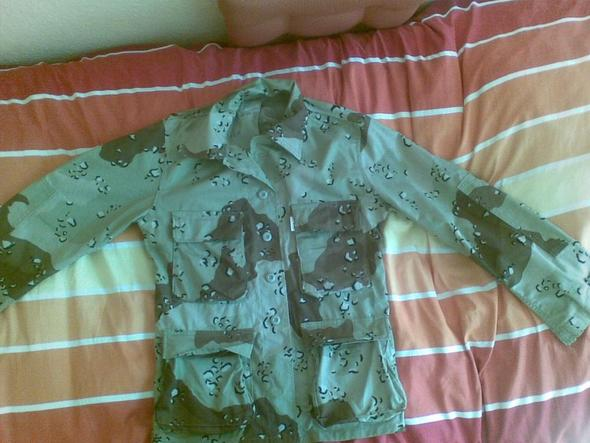 Bild 1 - (Kleidung, Bundeswehr, Jacke)