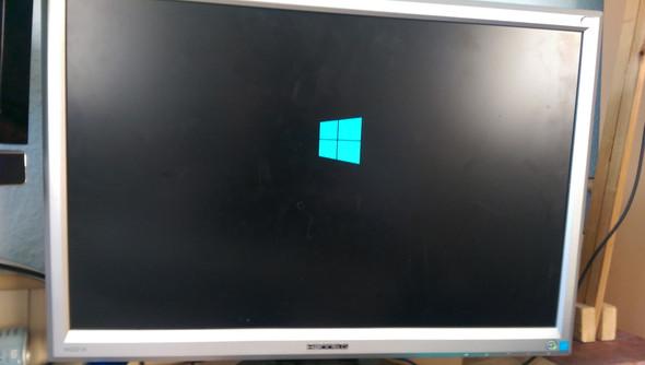 Ein Bild wo es hängt... - (Computer, Windows, Windows 10)
