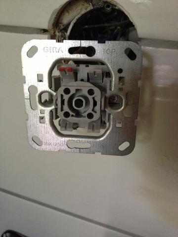 Gira Unterputzeinsatz 1 - (Elektronik, Strom, Elektrotechnik)
