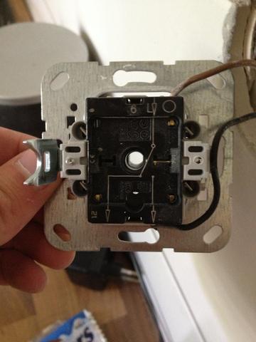 Gira Unterputzeinsatz 2 - (Elektronik, Strom, Elektrotechnik)