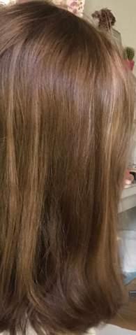 - (Haarfarbe, goldbraun)