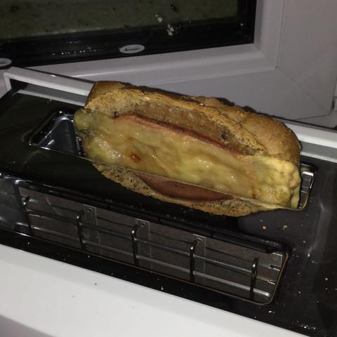 Toastete  - (essen, toaster)