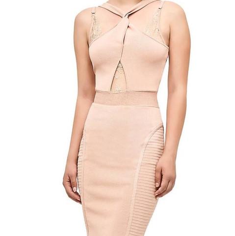 Nude farbiges Kleid  - (Kleid, finden)