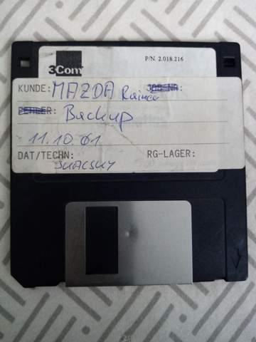 Wisst ihr was das ist? Mazda Backup Diskette, aus verlassenen Autohaus?