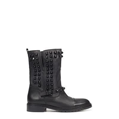 wisst ihr wo es schwarze boots mit nieten gibt schwarz. Black Bedroom Furniture Sets. Home Design Ideas