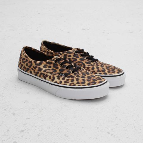 1. - (Schuhe, Online-Shop)