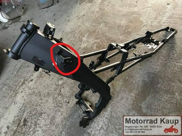 Wo befindet sich der Lenkanschlag bei der Yamaha MT-125?