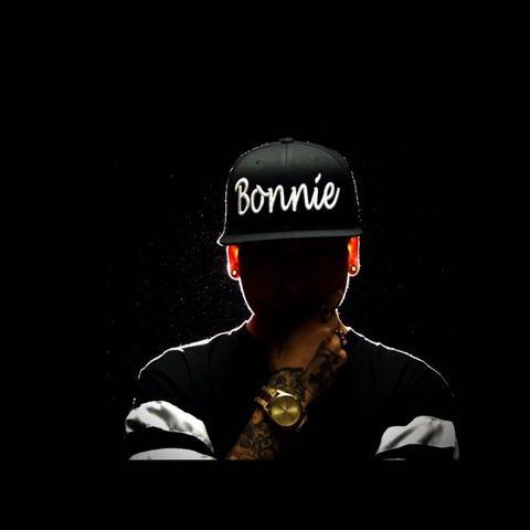 Bonnie - (Mode, Style, Shopping)