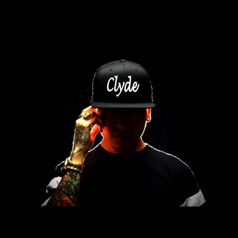 Clyde - (Mode, Style, Shopping)