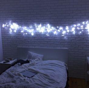wo bekomme ich diese lichterketten her und wie hei en sie. Black Bedroom Furniture Sets. Home Design Ideas
