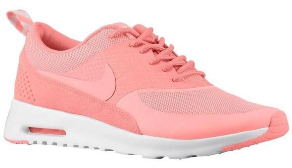 Nike Schuh mit Leo Muster Kleiderkreisel