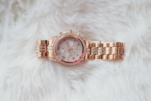 Watch - (Uhr, watch)