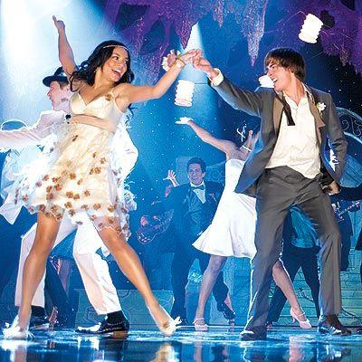 wo bekomme ich dieses kleid aus dem film high school musical her kleidung vanessa hudgens. Black Bedroom Furniture Sets. Home Design Ideas