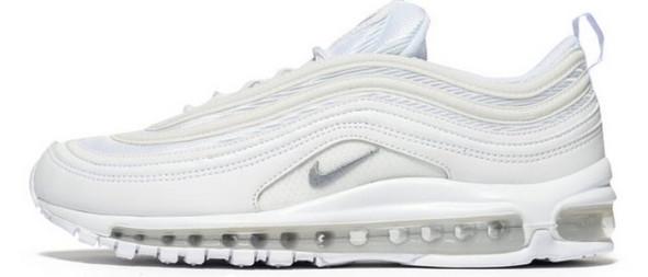 Wo bekomme ich genau düse Schuhe herbin München? (Nike, Sneaker)