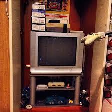 wo bekomme ich noch so alte fernseher her technik