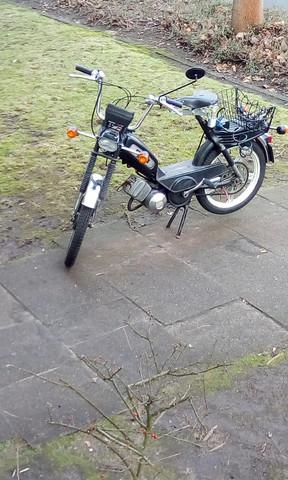Das mofa  - (Roller, Fahrrad, Reparatur)