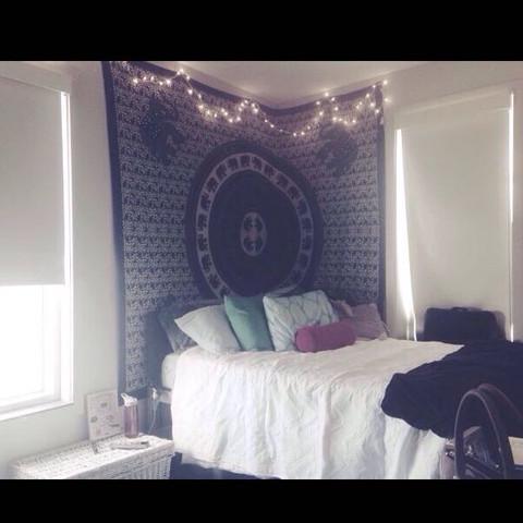 wo bekommt man solche t cher und wie hei t das muster zimmer dekoration lack. Black Bedroom Furniture Sets. Home Design Ideas
