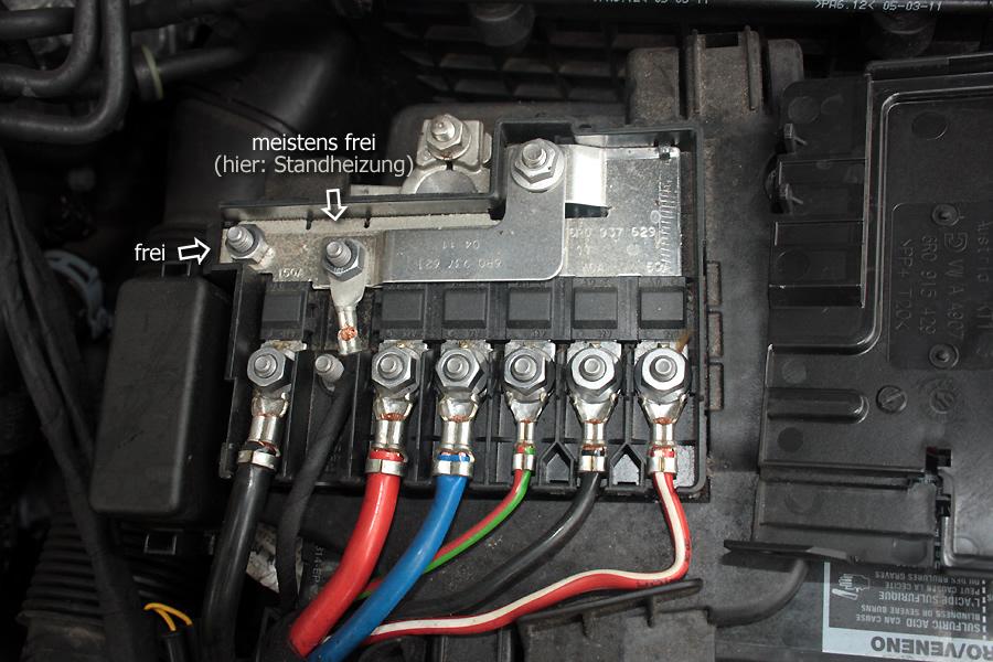 wo finde ich die klemme 15 im motoraum batterie auto. Black Bedroom Furniture Sets. Home Design Ideas
