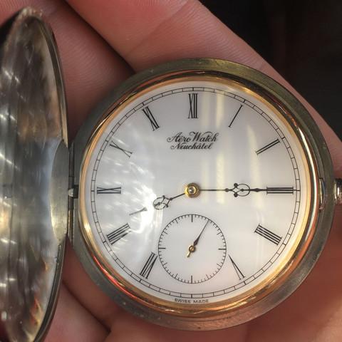 Wo finde ich diese Aerowatch Taschenuhr?