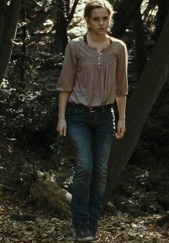 Wo finde ich diese Bluse, die Hermine im 7. Teil trägt? (Beauty ...